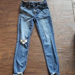Size 6 Reg AE Highrise Jegging Crop Med. Wash